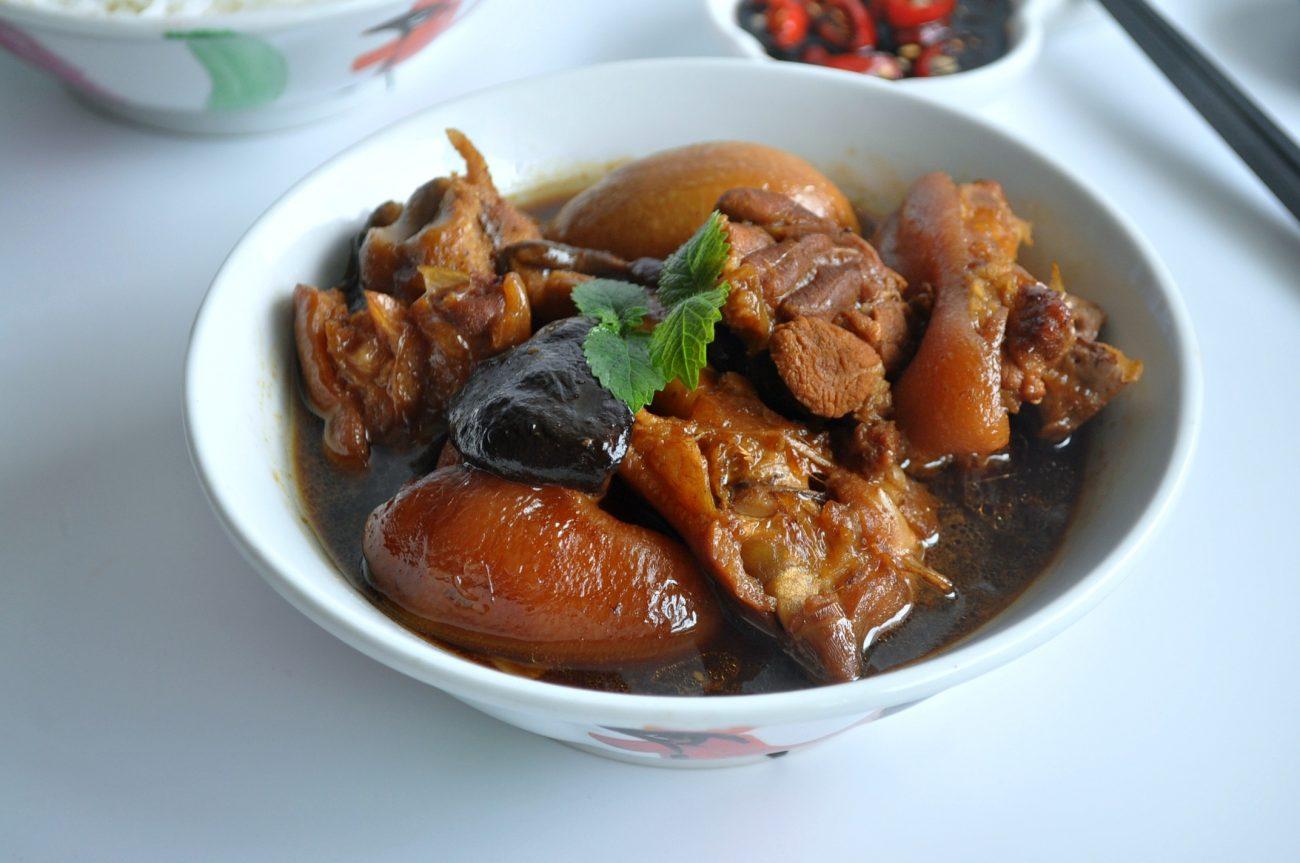 [Non-halal / Pork] Pork Trotter or Vinegar Pork